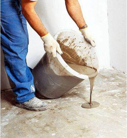 как делать правильно цементную стяжку если уже еть глиняная