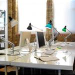 офисных настольных светильниках